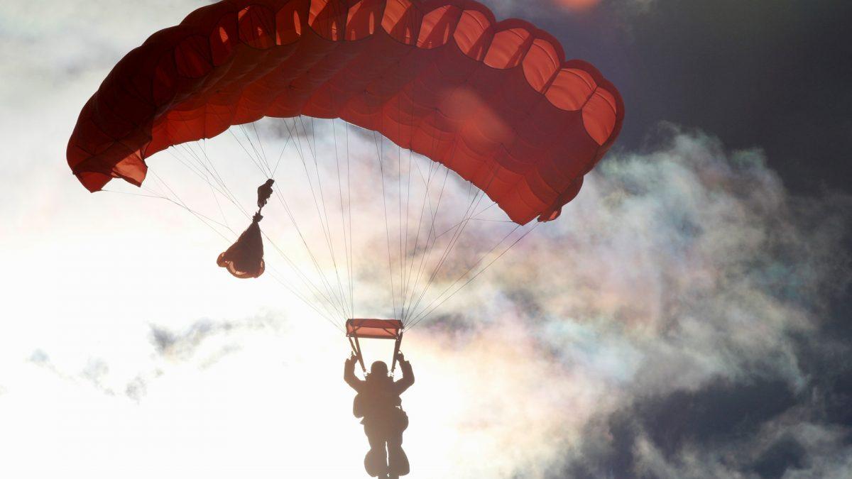onde saltar de paraquedas