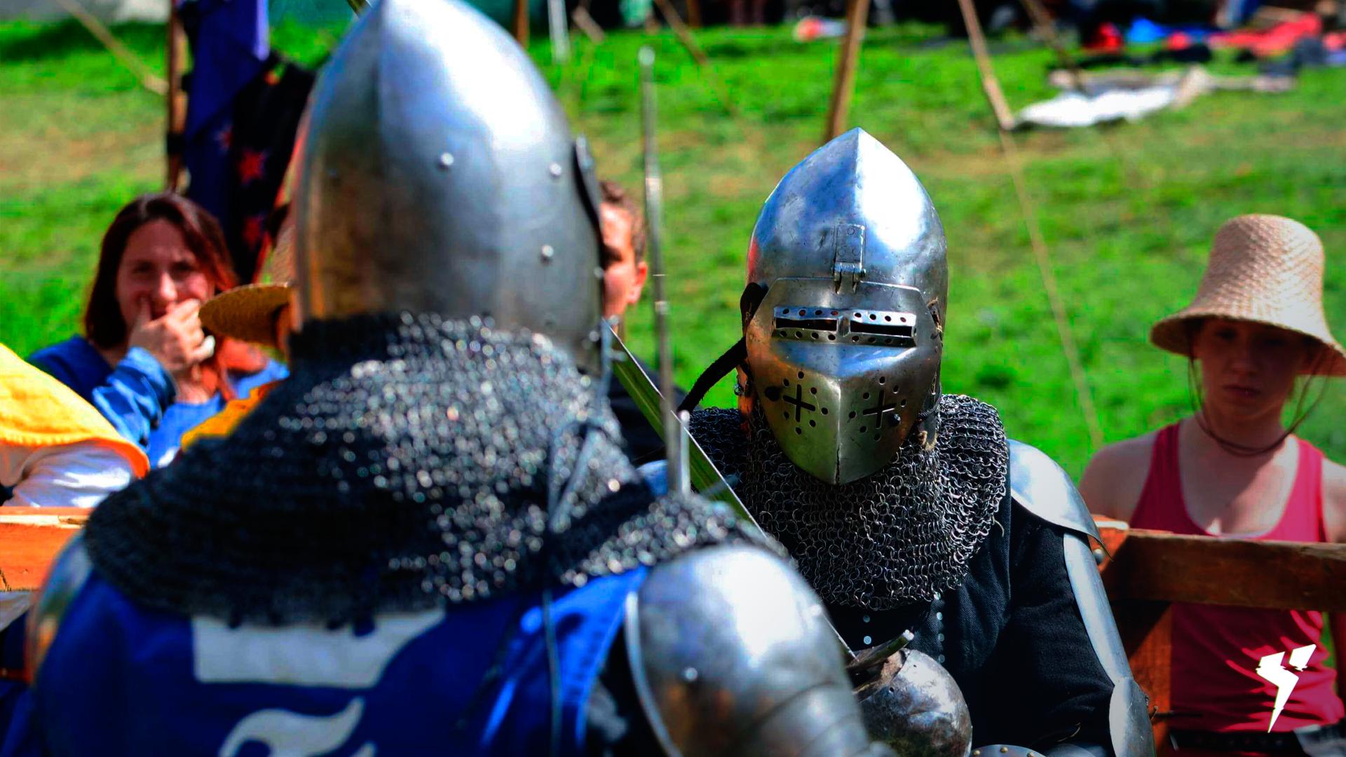 Imagem de um campeonato de duelo medieval, onde dois guerreiros se enfrentam no 1 contra 1.