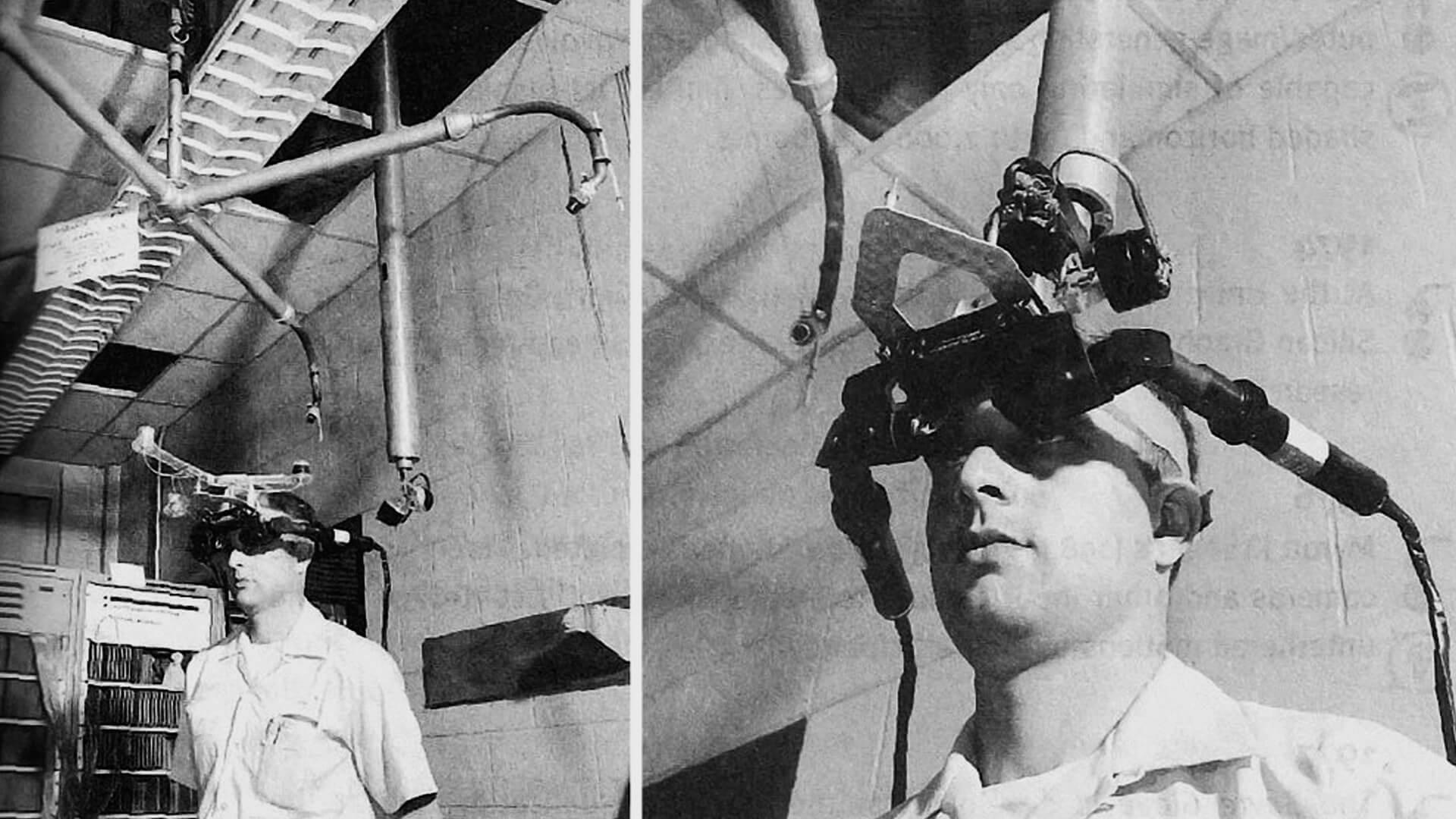 A imagem é dividida em duas partes. Ambas mostram um homem utilizando o equipamento Sword of Damocles. A imagem da esquerda é mair aberta. A imagem da direta mostra mais a parte do rosto.